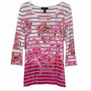 STYLE & CO. Top pink Breast Cancer Awareness roses